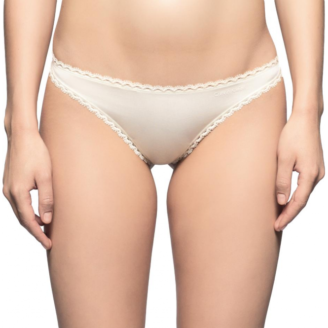 Calvin Klein Seductive Comfort Thong - Ivory